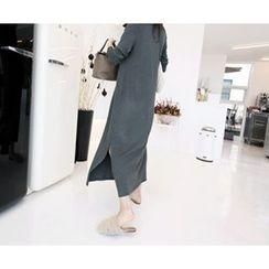MARSHMALLOW - Half-Placket Slit-Side Maxi Dress