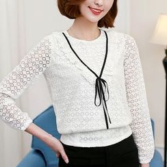 Jolly Club - Long-Sleeve Lace Top