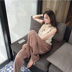Eva Fashion - Pleated Slit Side Wide Leg Pants
