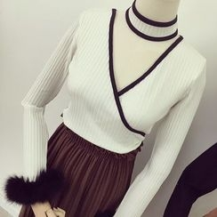 Honeydew - Faux Fur Cuff Long Sleeve Top with Choker
