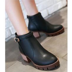 Freesia - 饰扣粗跟及踝靴