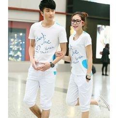 Lovebirds - Set: Couple Lettering T-Shirt + Shorts