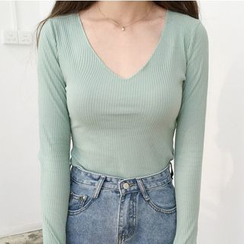 MATO - Long Sleeve V-Neck T-Shirt