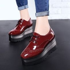 JY Shoes - Lace-Up Brogue Patent Platform Shoes