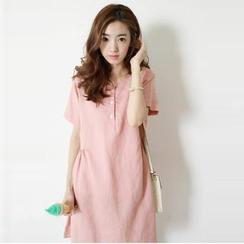 Ranche - Short-Sleeve Shift Dress