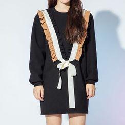 Heynew - Ruffle Trim Bow Detail Pullover Dress
