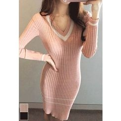 MyFiona - V-Neck Knit Bodycon Dress