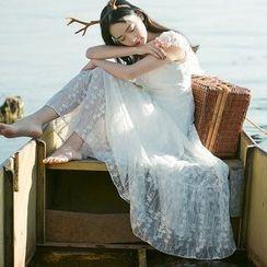 sansweet - Short-Sleeve Lace A-Line Maxi Dress