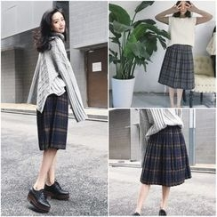 QZ Lady - Plaid Pleated Knit Skirt
