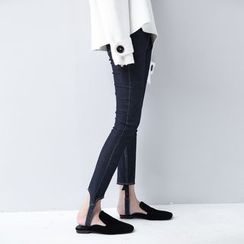 Sonne - 踩脚设计紧身牛仔裤