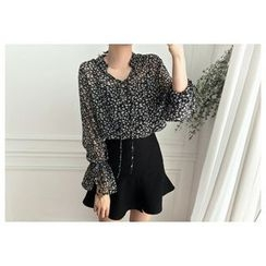 UPTOWNHOLIC - Tie-Front Floral Print Top