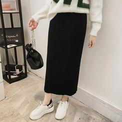 Little V - Maxi Knit Skirt