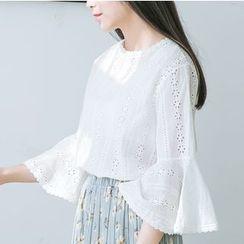 布丁坊 - 喇叭袖鏤空蕾絲襯衫