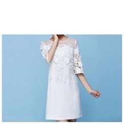 Strawberry Flower - Elbow-Sleeve Lace Panel Dress