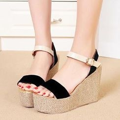 Mancienne - Color-Block Wedge Sandals