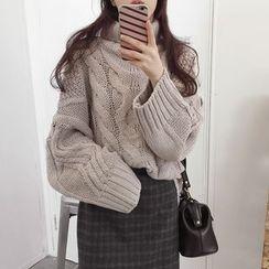 时尚麻豆家 - 麻花针织高领毛衣