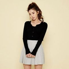 chuu - Set: Buttoned Ribbed Cardigan + Sleeveless Top