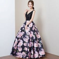Royal Style - Sleeveless V-neck Floral Evening Gown