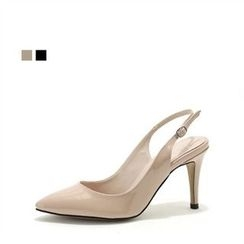 MODELSIS - Patent Sling-Back Pumps