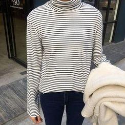 Chililala - Stripe Turtleneck Long-Sleeve Top