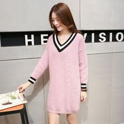 Romantica - Long-Sleeve V-Neck Long Sweater