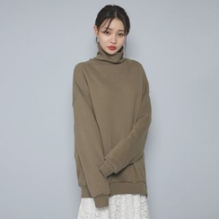 Envy Look - Turtle-Neck Oversized Sweatshirt