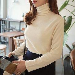 Seoul Fashion - Turtle-Neck T-Shirt
