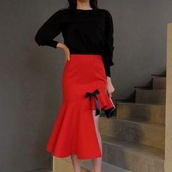 Gl.bY - Pleated Asymmetric Midi Skirt