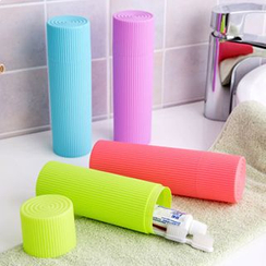 Evora - Plastic Toothbrush Case