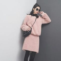 Sonne - 羊羔绒卫衣裙套装