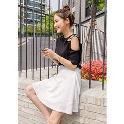J-ANN - Band-Waist Flare Skirt
