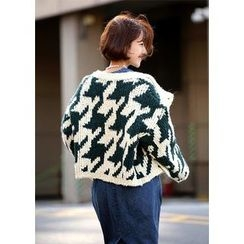 ssongbyssong - Houndstooth Chunky-Knit Cardigan