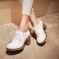 Pretty in Boots - Brogue Chunky Heel Oxfords