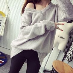 Qimi - V-neck Long Sweater
