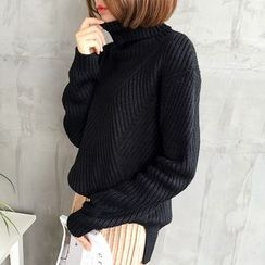 Mayflower - Turtleneck Sweater