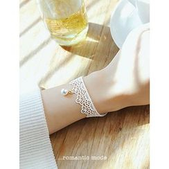 soo n soo - Faux-Pearl Lace Bracelet