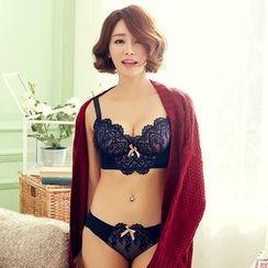 Chanions - 套装: 蕾丝文胸 + 内裤