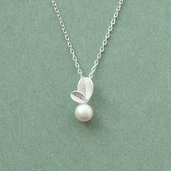 Love Generation - 仿珍珠樹葉t垂飾純銀項鏈