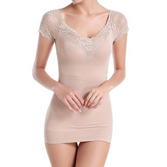Lady Lily - Lace Panel Short-Sleeve Shaping Top