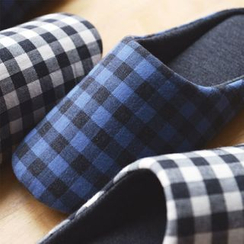 iswas - Gingham Check Slippers