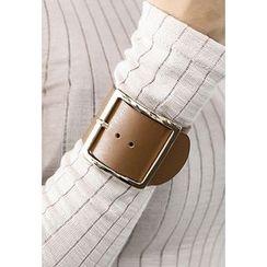 INSTYLEFIT - Faux-Leather Bracelet