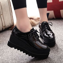 Forkix Boots - 厚底亮面系带鞋