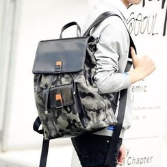 ETONWEAG - Camo Flap Backpack