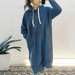chuu - Hood Brushed-Fleece Lined Pullover Dress