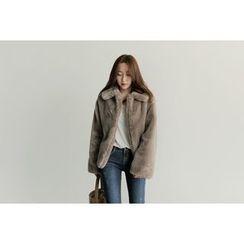 UPTOWNHOLIC - Faux-Fur Jacket