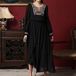 Rebecca - Embroidered Long-Sleeve Maxi Dress