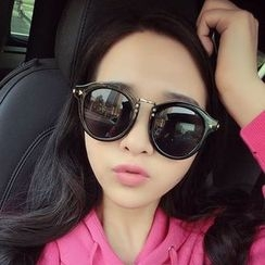 Sunny Eyewear - Retro Round Sunglasses