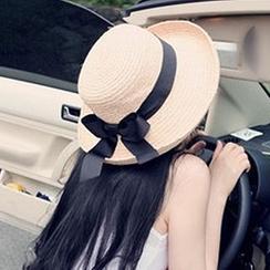 卿本佳人 - 蝴蝶帶草帽