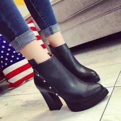 楊董 - 星星鉚釘高跟及踝靴