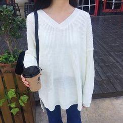 QZ Lady - Plain V-Neck Long Sweater